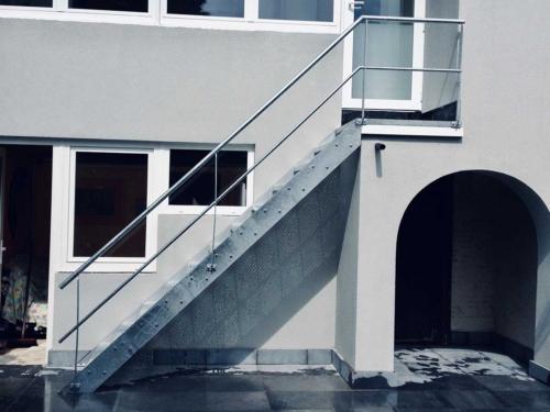 staal en aluminium balustrades